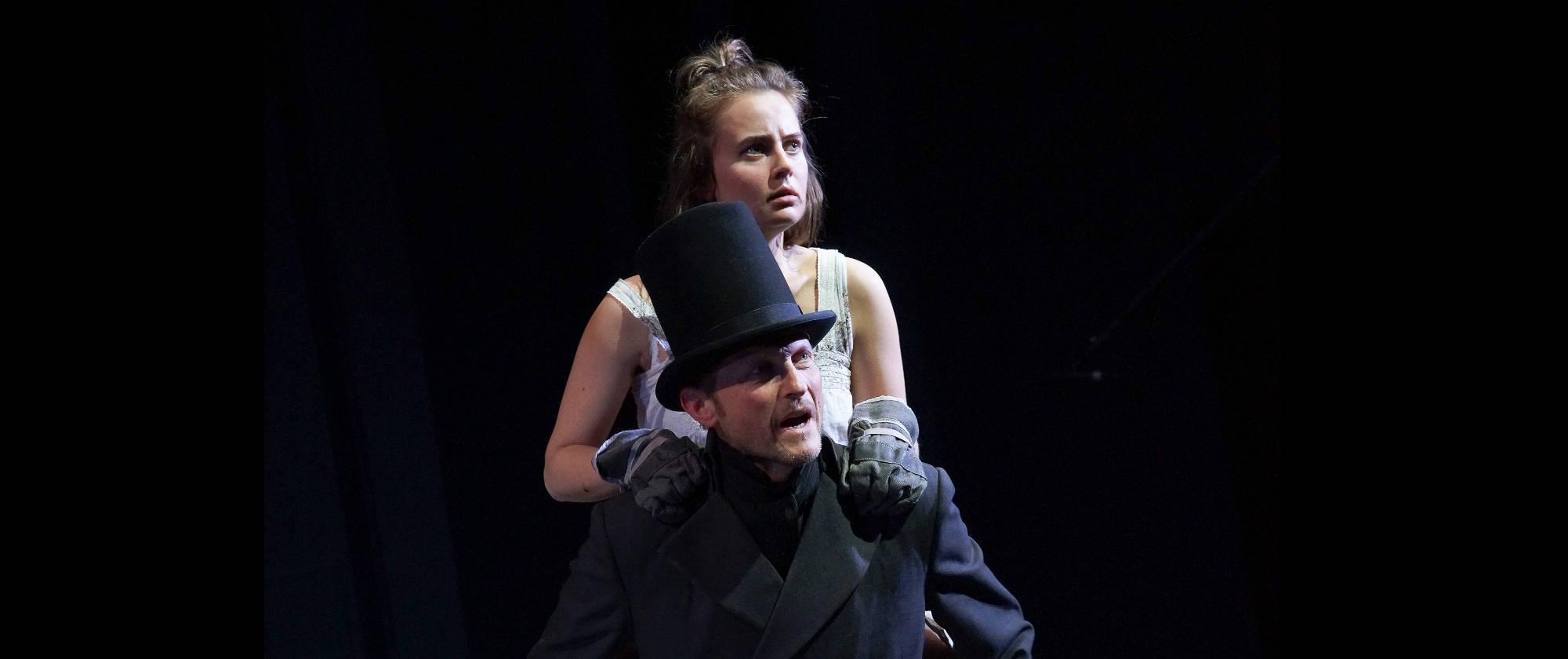 006-DIE-ELENDEN-nach-Victor-Hugo-Les-Miserables-von-Malte-Kreutzfeldt-Regie-c-photo-Olaf-Struck-Theater-Schauspielhaus-Kiel-2019