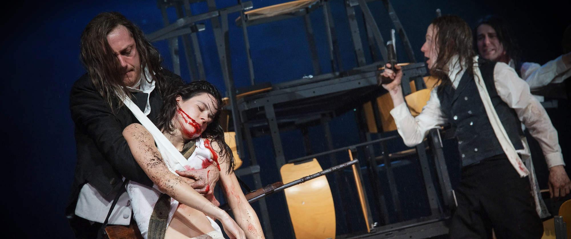 007-DIE-ELENDEN-nach-Victor-Hugo-Les-Miserables-von-Malte-Kreutzfeldt-Regie-c-photo-Olaf-Struck-Theater-Schauspielhaus-Kiel-2019