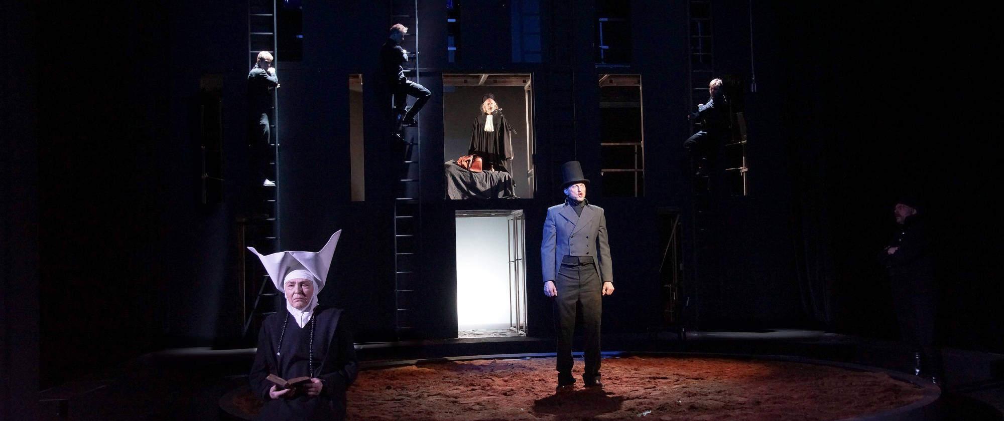 013-DIE-ELENDEN-nach-Victor-Hugo-Les-Miserables-von-Malte-Kreutzfeldt-Regie-c-photo-Olaf-Struck-Theater-Schauspielhaus-Kiel-2019