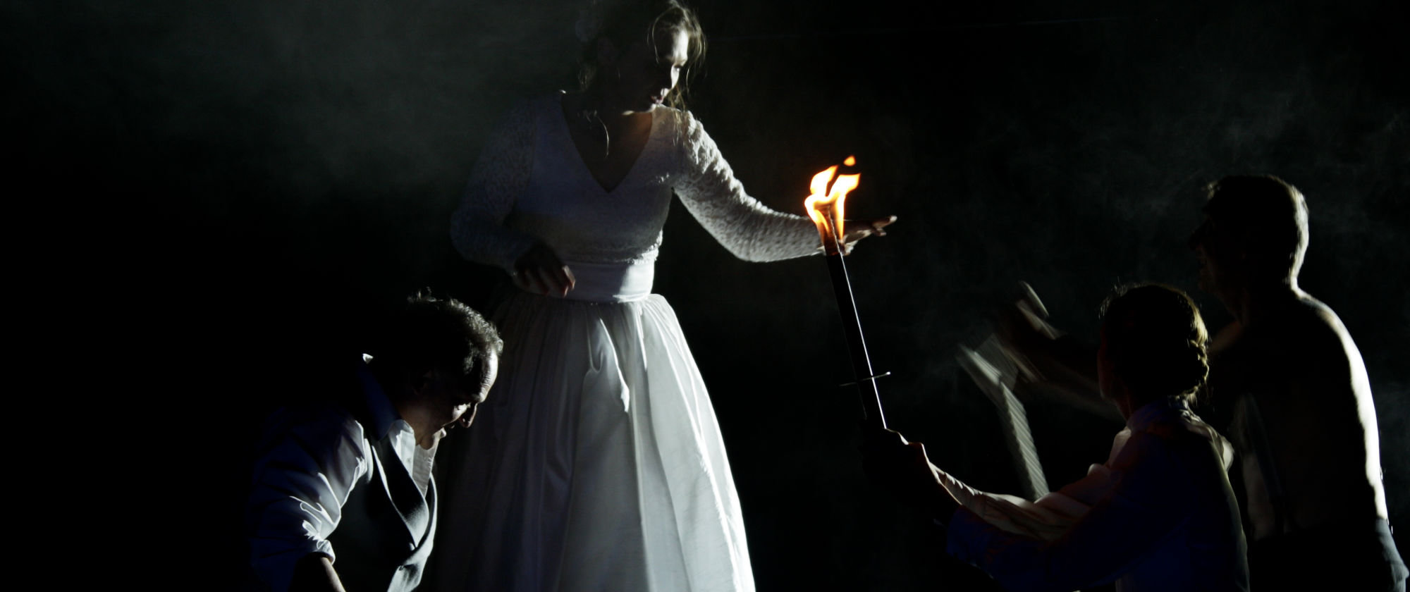 042-VIEL_LAERM_UM_NICHTS_Shakespeare_Regie_Malte_Kreutzfeldt_Staatstheater_Augsburg_2018